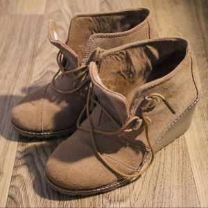 Toms Desert Leather Wedge Shoes